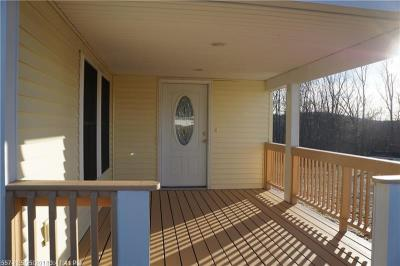 Photo of 213 Shaker Hill Rd, Alfred, Maine 04002