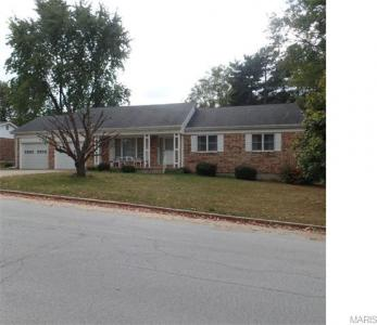 1318 Hillview Drive, Rolla, MO 65401