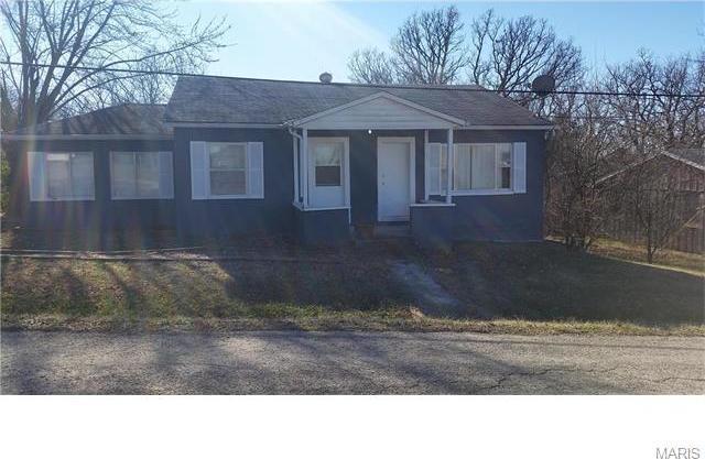37585 Hwy N, Brinktown, MO 65443