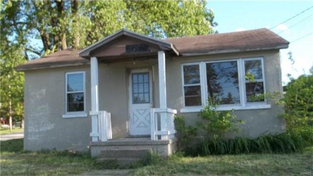 303 West Fourth Street, Dixon, MO 65459