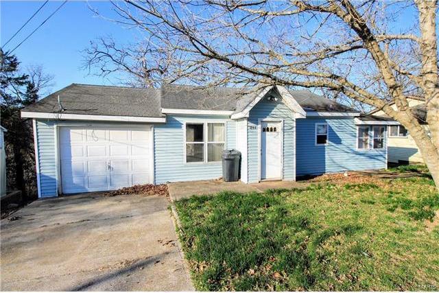 122 Bluff Circle, Waynesville, MO 65583