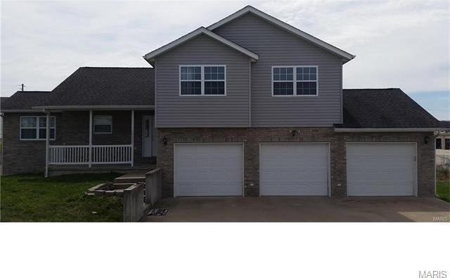 20300 Simmons Rd, Waynesville, MO 65583