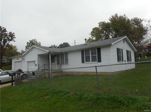 300 South Oak St., Salem, MO 65560