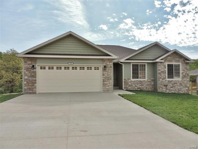 109 Creek View Drive, St Robert, MO 65584