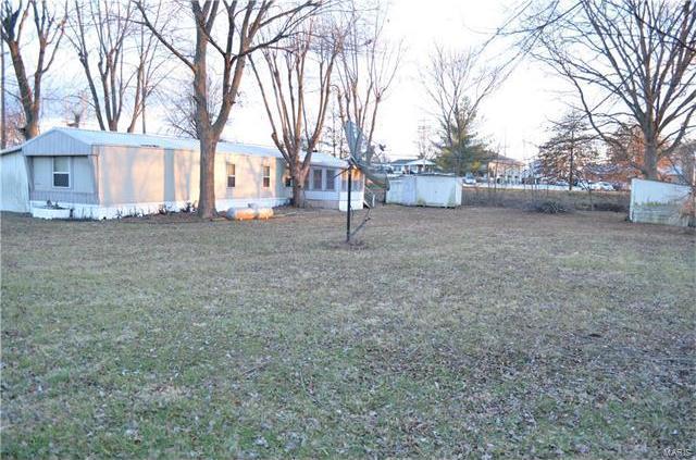202 South Green Avenue, Belle, MO 65013