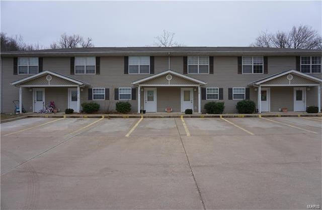 710 Hillside Drive, Waynesville, MO 65583