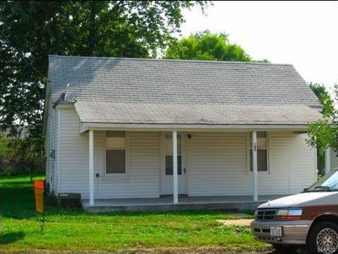 105 Belle Avenue, Belle, MO 65013