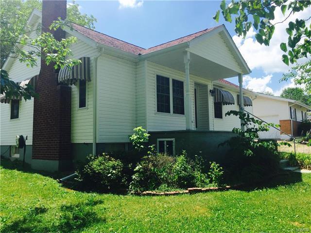 209 East Jefferson Avenue, Richland, MO 65556