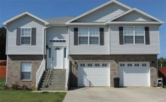 106 Creek View Drive, St Robert, MO 65584