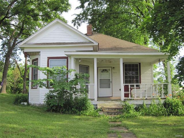 805 West Rolla, Salem, MO 65560