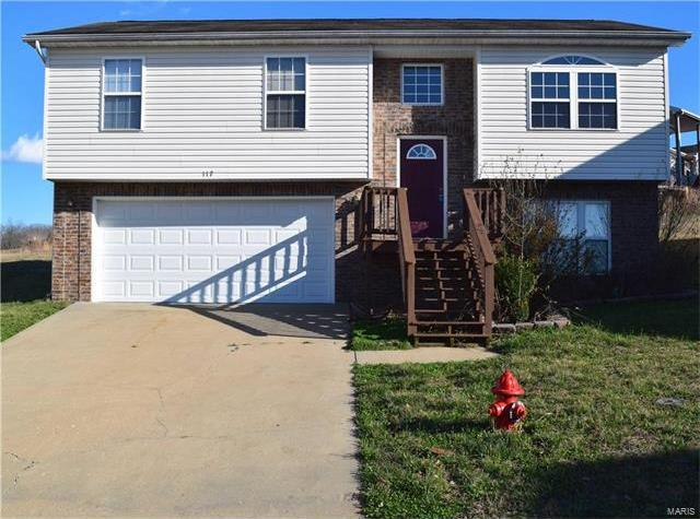 117 Hickory Valley, St Robert, MO 65584