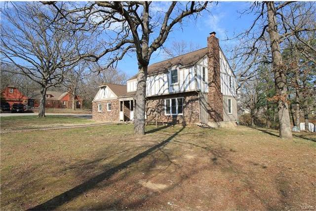 1722 Sanders Road, Waynesville, MO 65583