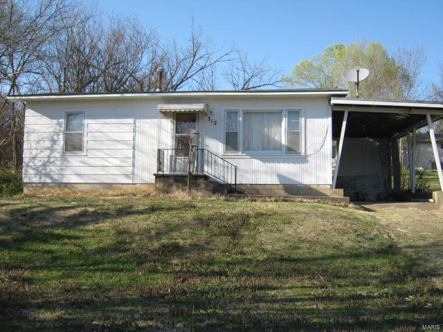 312 10th., Crocker, MO 65452