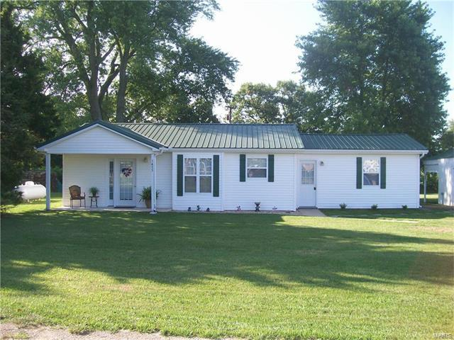 1455 South Old Highway 66, Bourbon, MO 65441