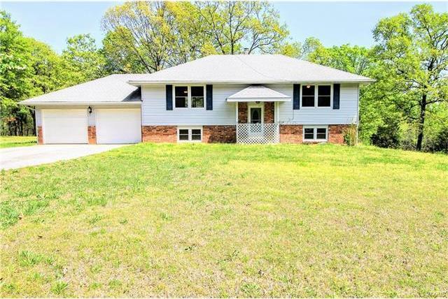24010 Roberta Circle, Waynesville, MO 65583