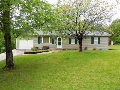 Photo of 1 Kathryn Drive, St James, MO 65559