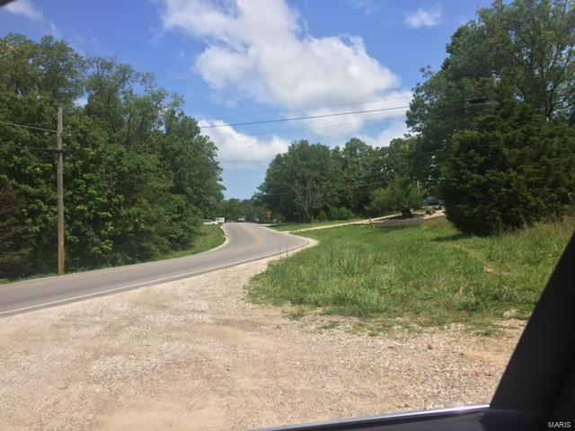 22274 Highway Y, St Robert, MO 65584