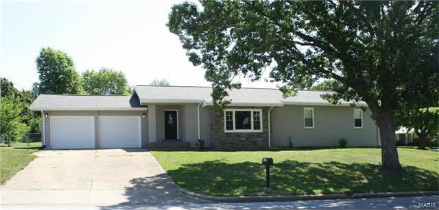 1602 Independence, Rolla, MO 65401