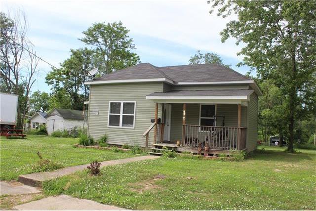 402 East Rolla, Salem, MO 65560