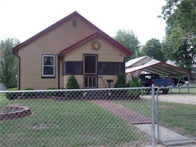106 South Oak, Rolla, MO 65401
