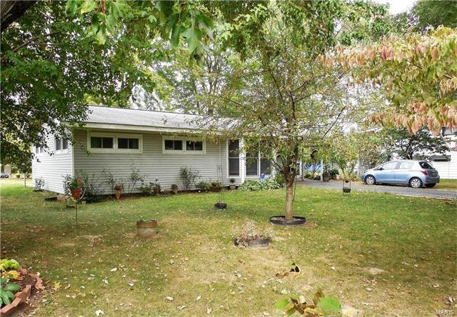405 North Louise Avenue, St James, MO 65559