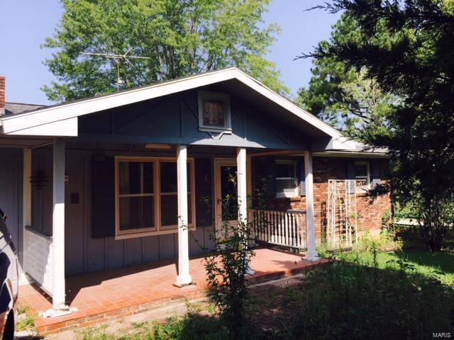 27325 Sparrow Lane, Richland, MO 65556