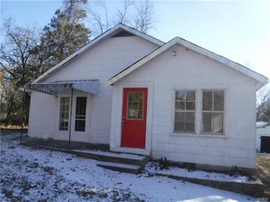 202 Gridley Street, Steelville, MO 65565