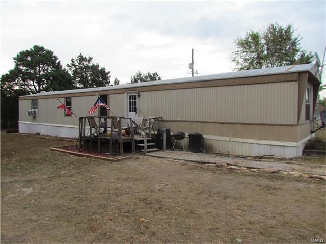 621 Lake Drive, Leasburg, MO 65535
