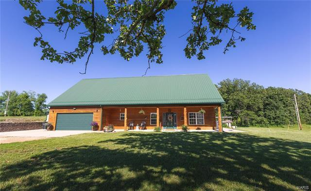16922 State Route B, St James, MO 65559