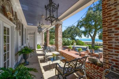 Photo of 1012 Beach, Biloxi, MS 39530