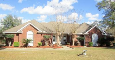 Photo of 17800 River Walk Dr, Vancleave, MS 39565