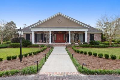 Photo of 12096 Shorecrest Rd, Biloxi, MS 39532