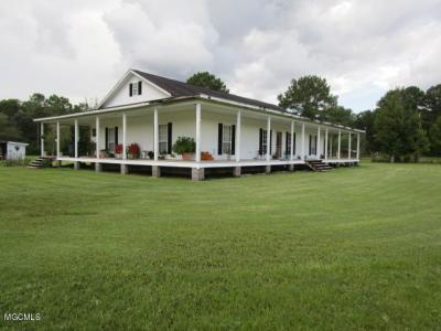 Photo of 3940 Charlie Hudson Rd, Moss Point, MS 39562