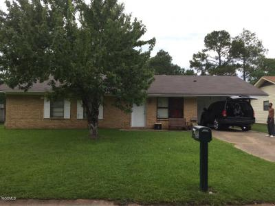 Photo of 3000 Brookwood Dr, Gulfport, MS 39501