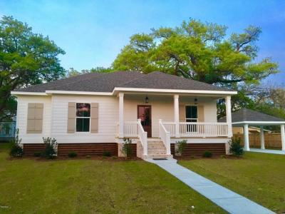 Photo of 308 Nicholson Ave, Waveland, MS 39576
