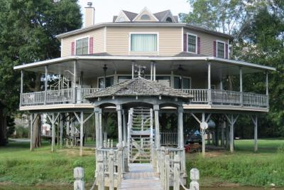Photo of 1653 Pascagoula River Rd, Moss Point, MS 39562