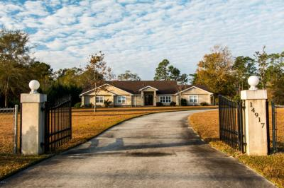Photo of 14917 Old Biloxi Rd, Vancleave, MS 39565