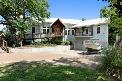Photo of 102 Doswell Ct, Ocean Springs, MS 39564