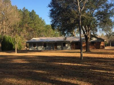 Photo of 6801 Cumberland Trl, Moss Point, MS 39562