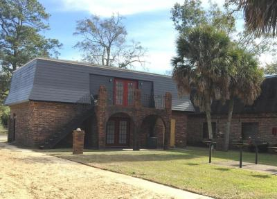 Photo of 4409 Mcarthur St, Pascagoula, MS 39567