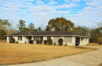 Photo of 6224 Ehelers St, Moss Point, MS 39563