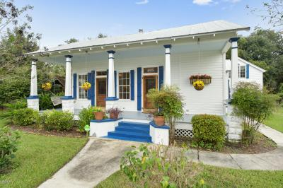 Photo of 405 Carroll Ave, Bay St. Louis, MS 39520