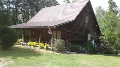 Photo of 1711 King Bee Rd, Perkinston, MS 39573
