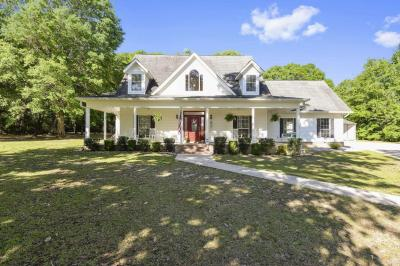 Photo of 17809 River Walk Dr, Vancleave, MS 39565
