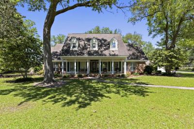 Photo of 7800 Southern Bay Ln, Vancleave, MS 39565
