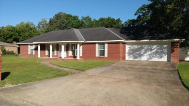 2363 Sandalwood Pl, Gautier, MS 39553