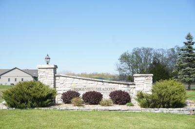 Photo of 1858 Stoneridge Ln, Cedarburg, WI 53012