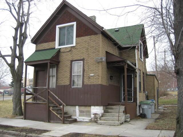 1234 W Mckinley Ave, Milwaukee, WI 53205