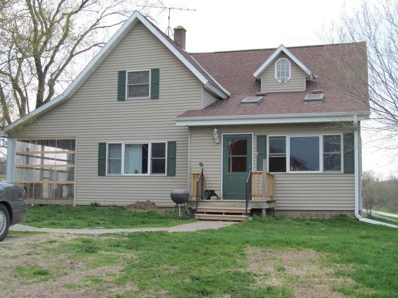 8199 S Gilman, Sterling, WI 54628
