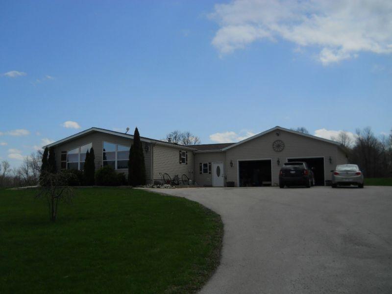 W795 Kraemer Rd, New Holstein, WI 53061